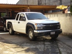 Me urge vender: Chevrolet COLORADO EXTENDE 2,006