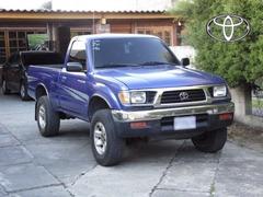 Listo para trabajar duro: Toyota Tacoma 4X4 1,995